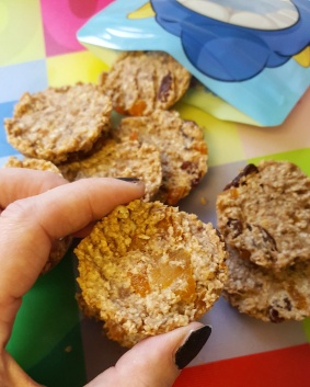 Banana oat biscuits dairy free